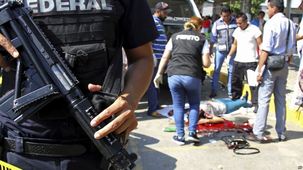 Why is there so much crime in Mexico?